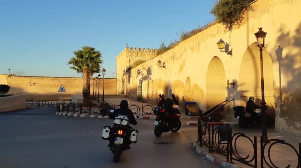 Viaje en moto a Medida por Marruecos